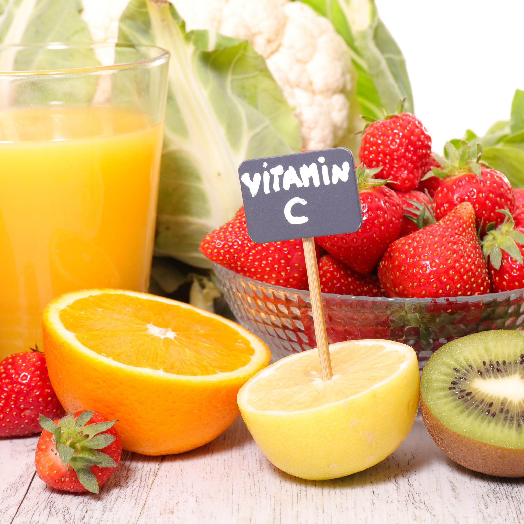 59383467 - vitamin c, assorted fruit