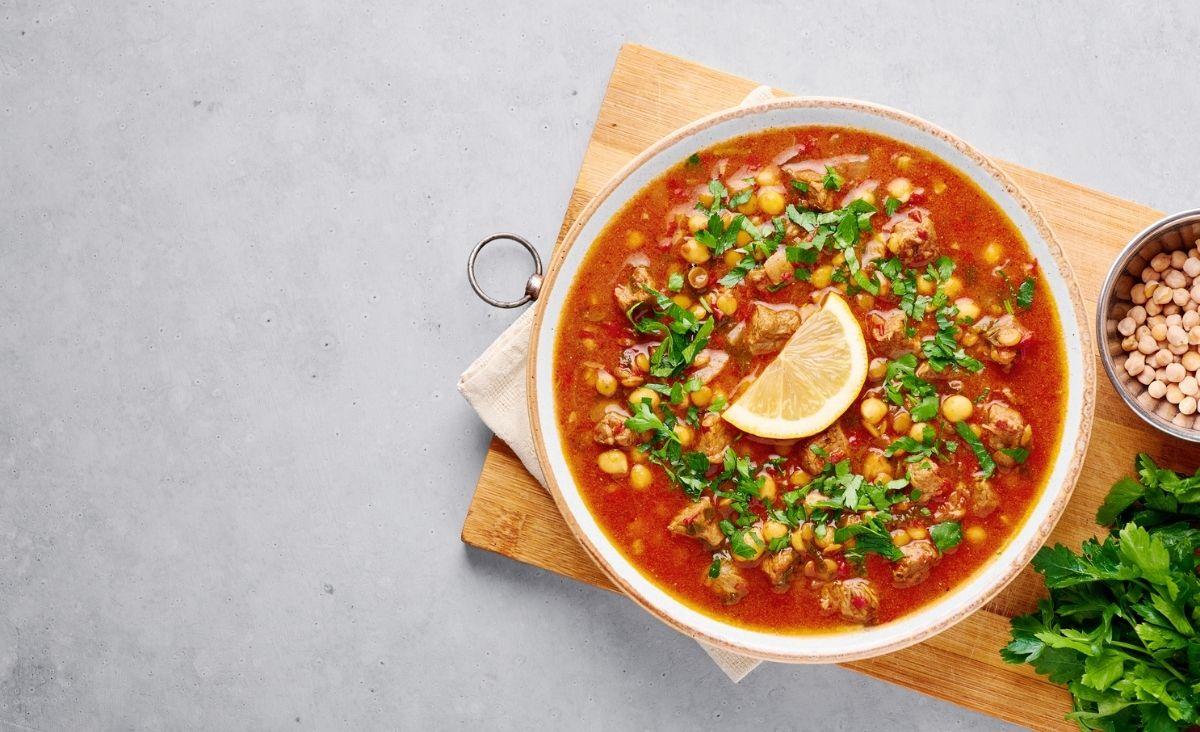 Zupa z ciecierzycy na dwa sposoby