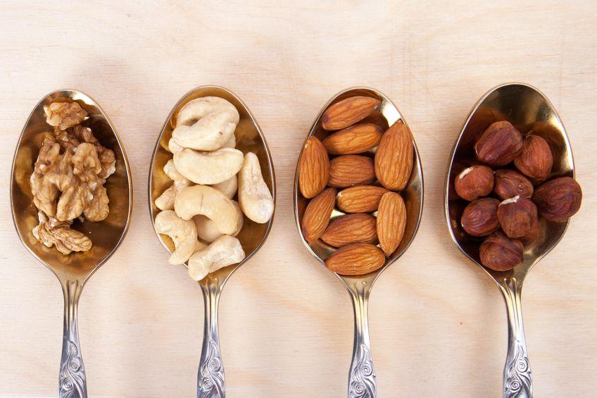 Zdrowe orzechy i suszone owoce w codziennej diecie