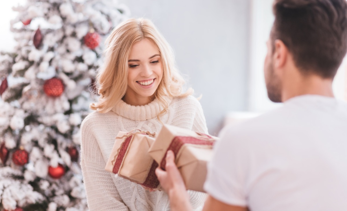Czy prezent daje więcej radości obdarowanemu czy darczyńcy?
