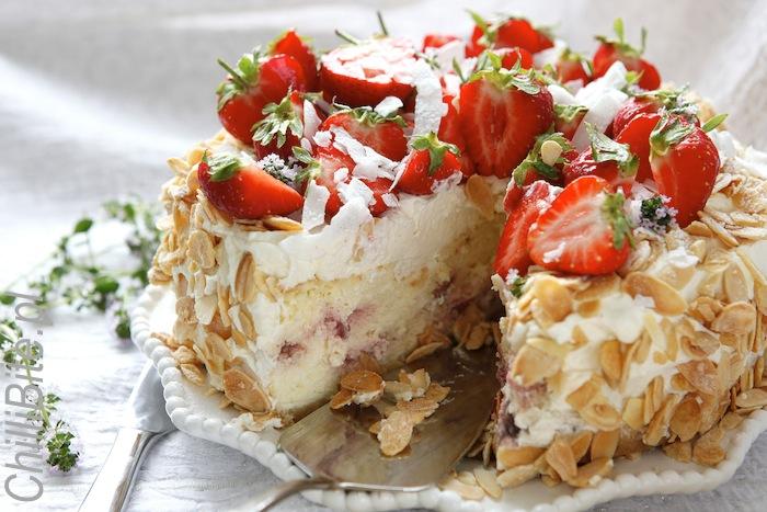 ChiliBite Sezonowo: Sernik jogurtowy z truskawkami
