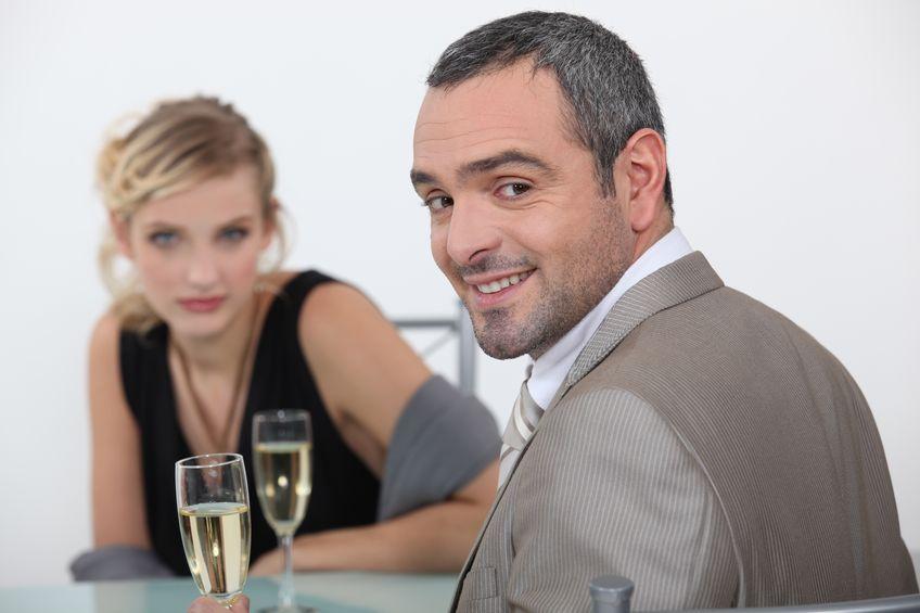 Jak sukcesy partnera wpływają na naszą samoocenę?