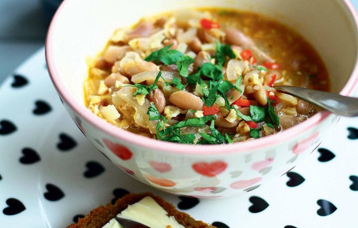 5 przepisów na pyszne zupy Moniki Mrozowskiej