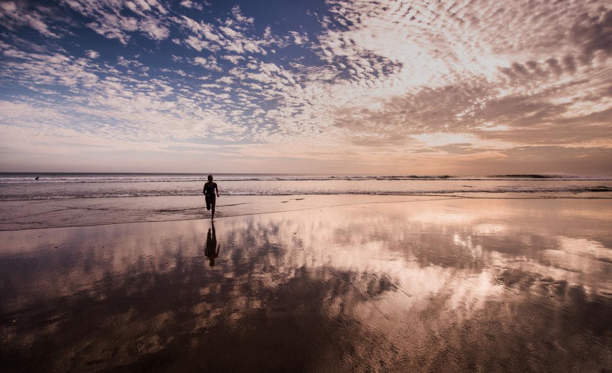 Życie z cieniem: Jak w pełni zaakceptować siebie?