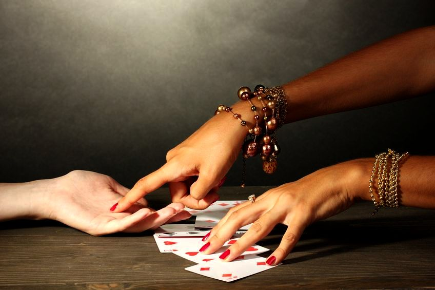 Przejrzyj się w kartach