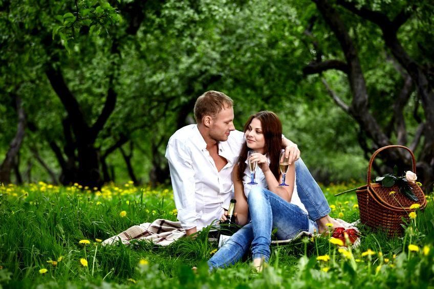 Zakochanie - czym jest i po co się przydarza?