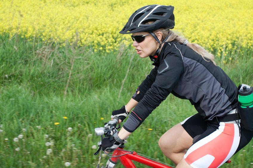 Wiosenna wycieczka na rower i rolki – co zabrać?