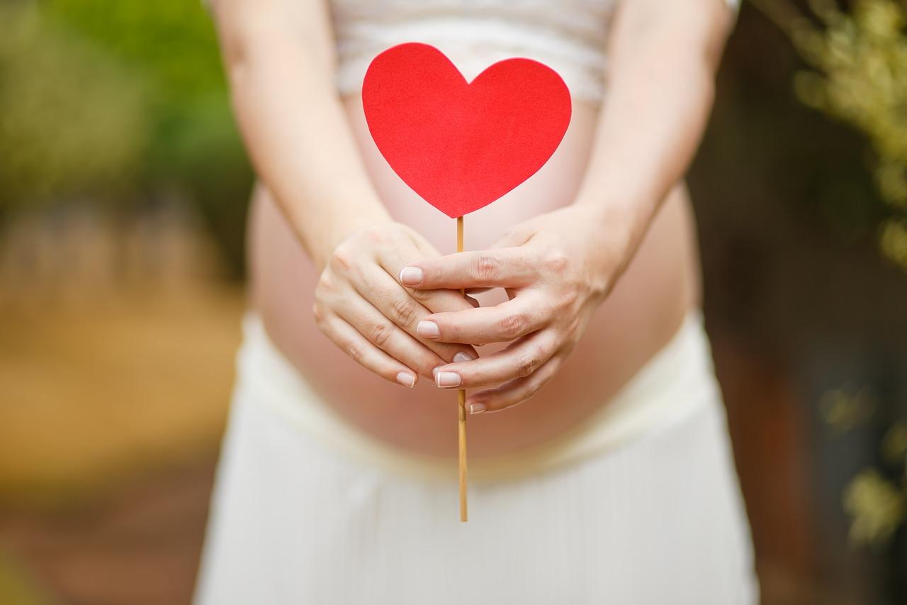 Czy jestem w ciąży? - wszystko, co warto wiedzieć w pierwszych tygodniach