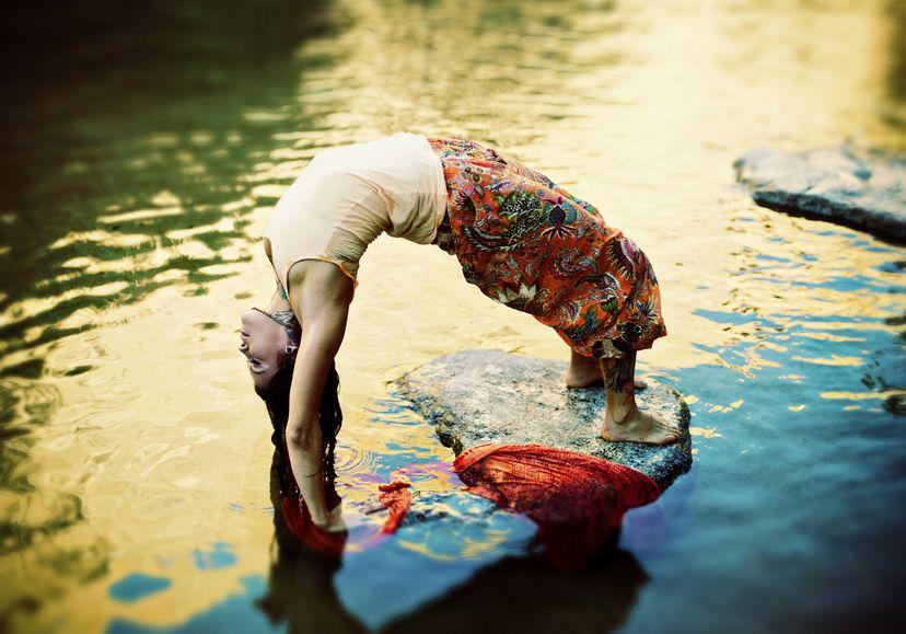 Terapia jogą w praktyce: jak to działa?