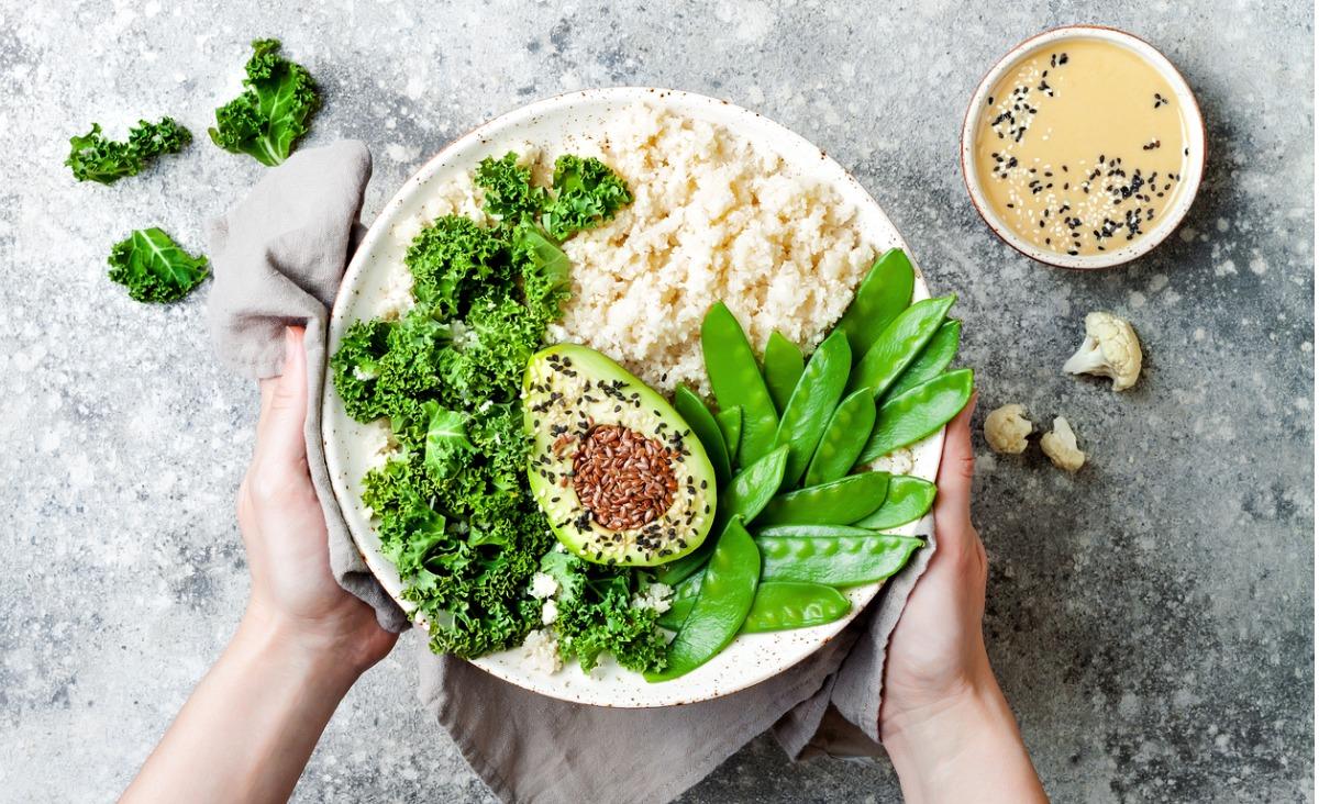 9 zasad surowej diety, które warto wprowadzić do swojego życia