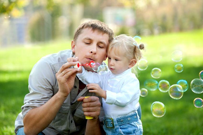 Co zrobić, żeby młody tata stał się świetnym rodzicem?