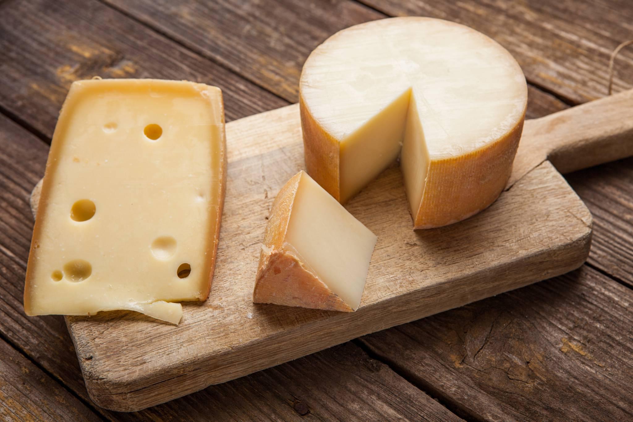 Czy laktoza nam szkodzi? Czy powinniśmy z niej zrezygnować? – o mitach, które wpływają na nasze zdrowie mówi dr hab. n. med. Ewa Lange