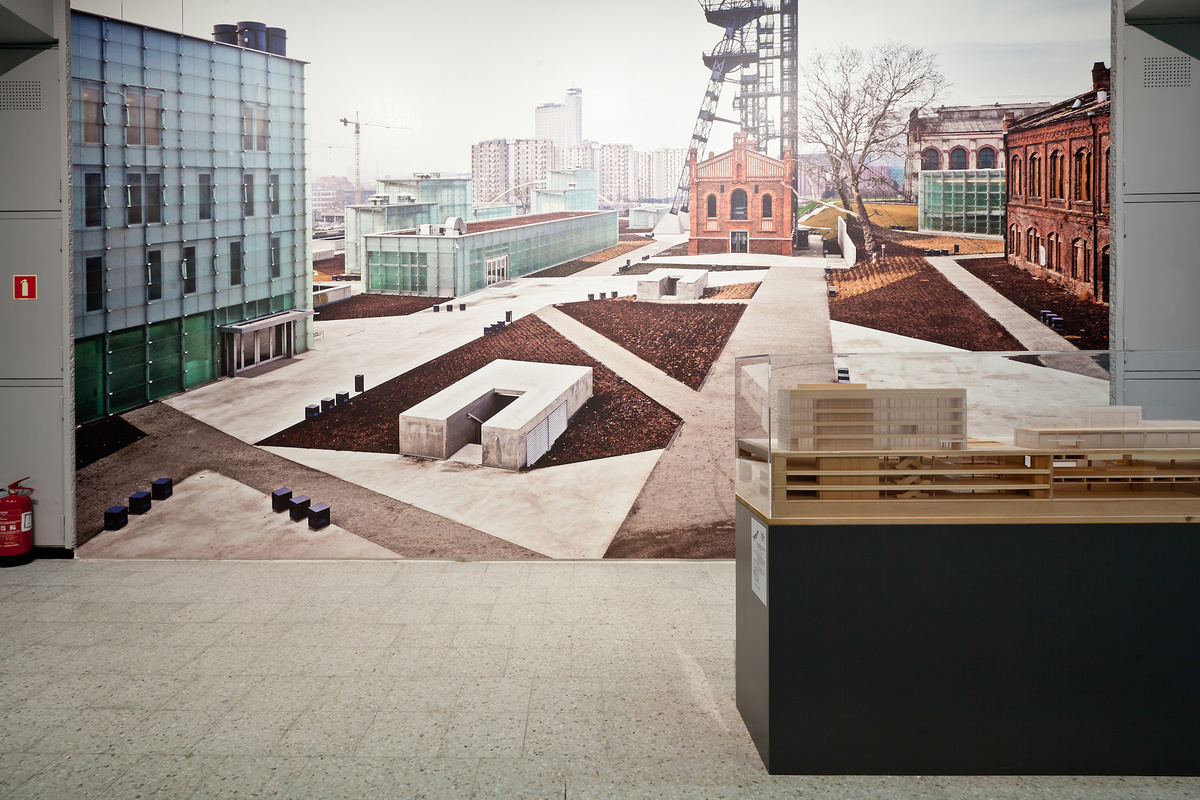 Oprowadzania kuratorskie w Muzeum Sztuki Nowoczesnej