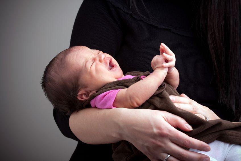 Jak uspokoić płaczące niemowlę