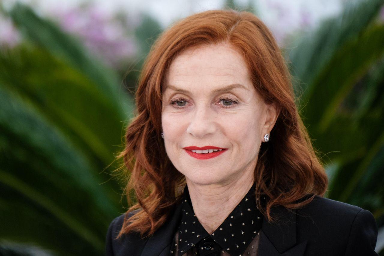 Isabelle Huppert Festival de Cannes, Palais des Festivals, Cannes. Fot. Julie Edwards/Alamy Live News/ BEW