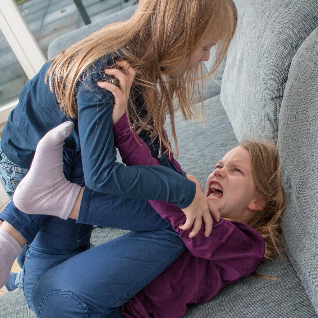 Jak poradzić sobie z agresywnym zachowaniem dziecka?