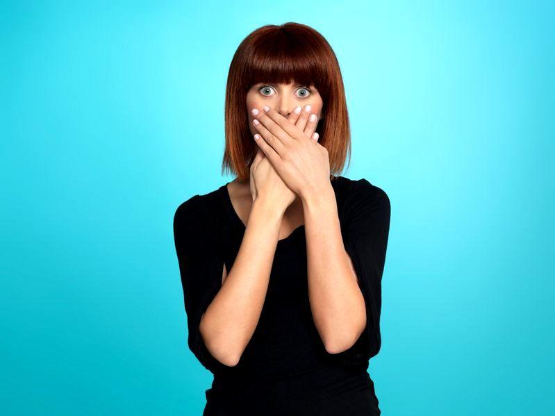 Zawstydzające sytuacje: jak poradzić sobie ze wstydem?