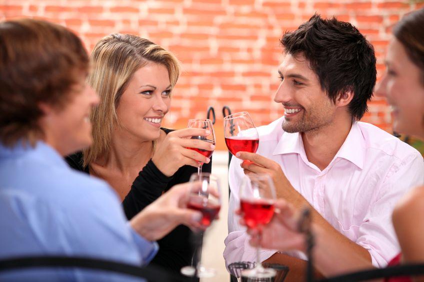 podwójne randki to dobry pomysł na pierwszą randkę spotykać się z facetem przez 4 miesiące