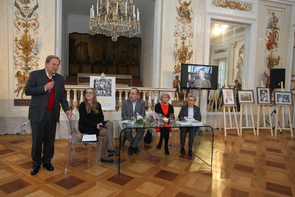 """""""Portrety z historią"""" Czesława Czaplińskiego - fotorelacja ze spotkania"""