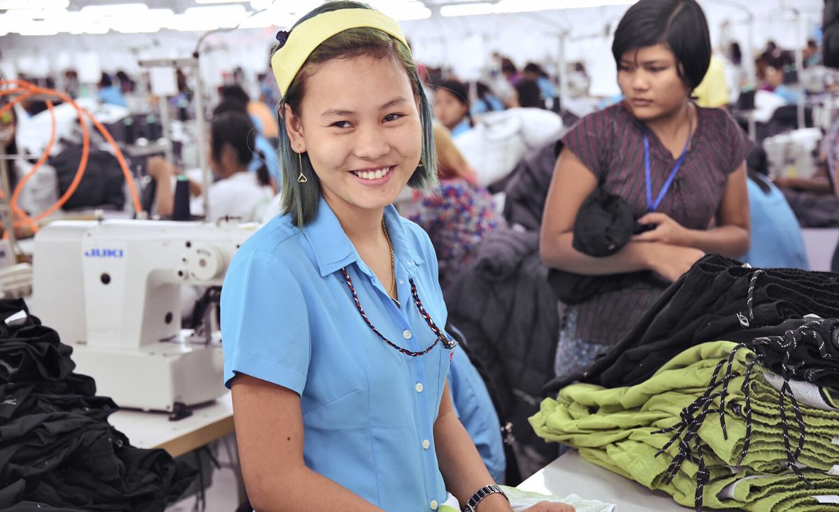 Ekologia, nowe technologie, odpowiedzialna produkcja – jak zmienia się branża fashion?