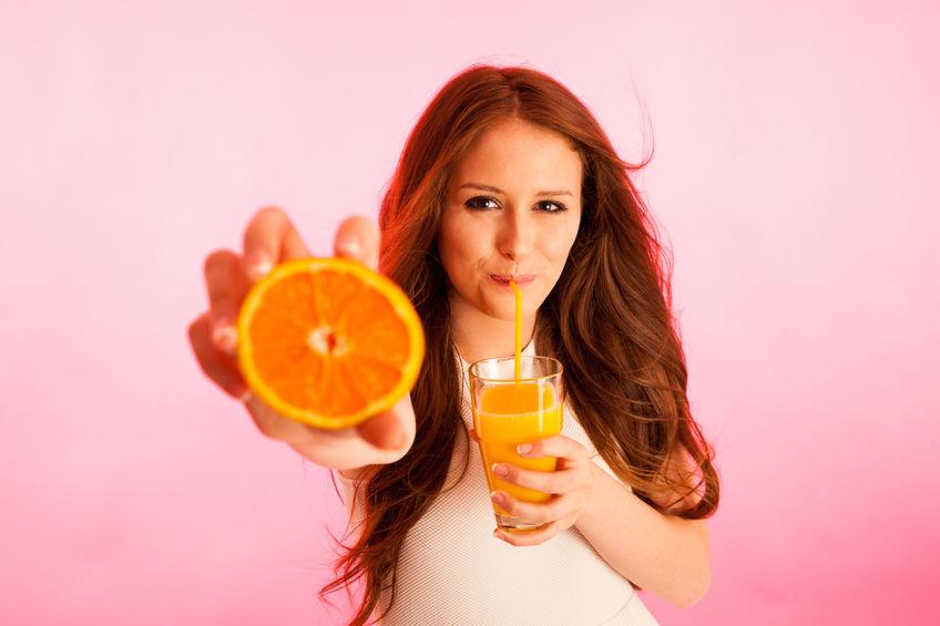 Jak sok pomarańczowy wpływa na pracę mózgu?