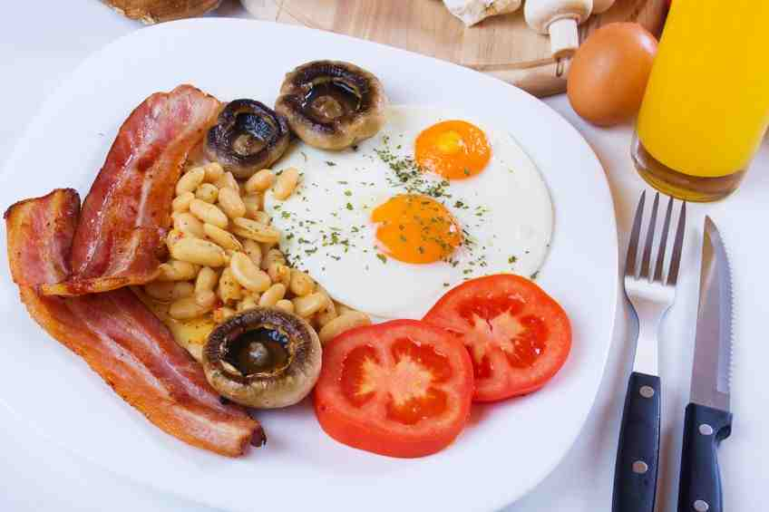 Wzmacniające śniadanie noworoczne