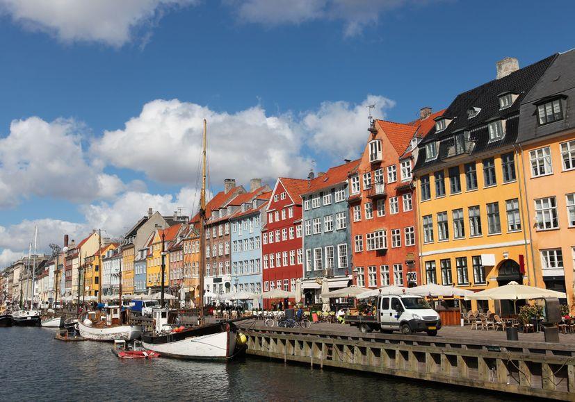 123RF.com / Nyhavn w Kopenhadze - jedno z najbardziej popularnych miejsc turystycznych
