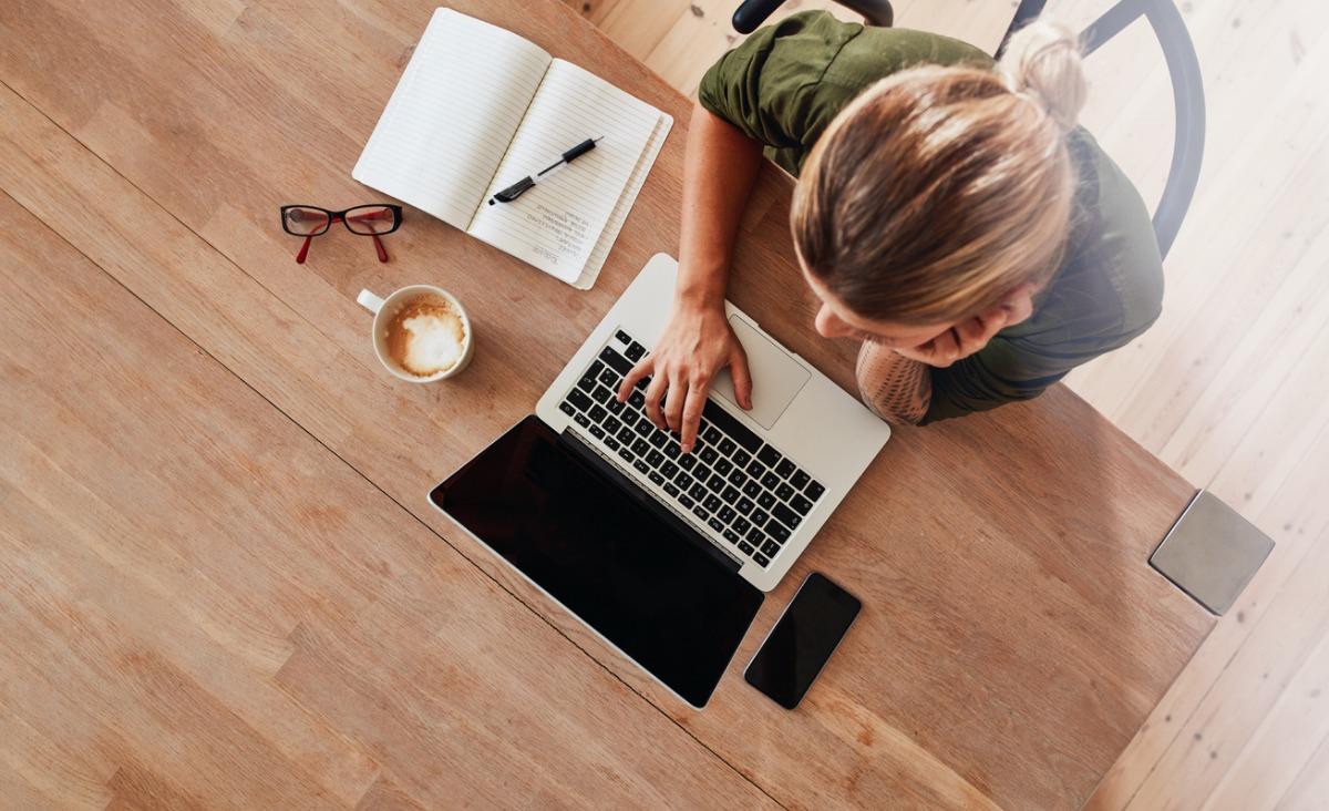 Sposób na internetowego oszusta matrymonialnego. Jak się bronić i bezpiecznie nawiązywać kontakty?