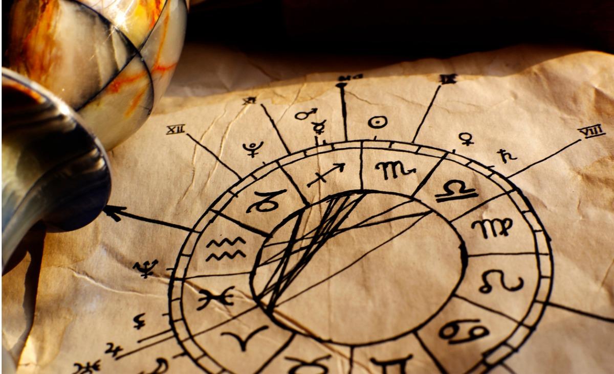 Horoskop na marzec. Co prognozuje Penny Thornton?