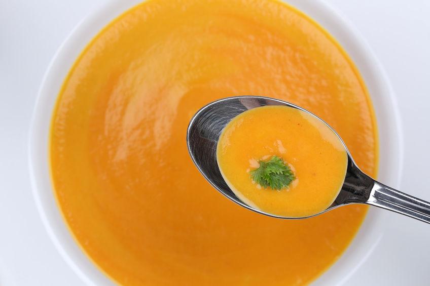 Zupa marchwiowa z nutą limonki