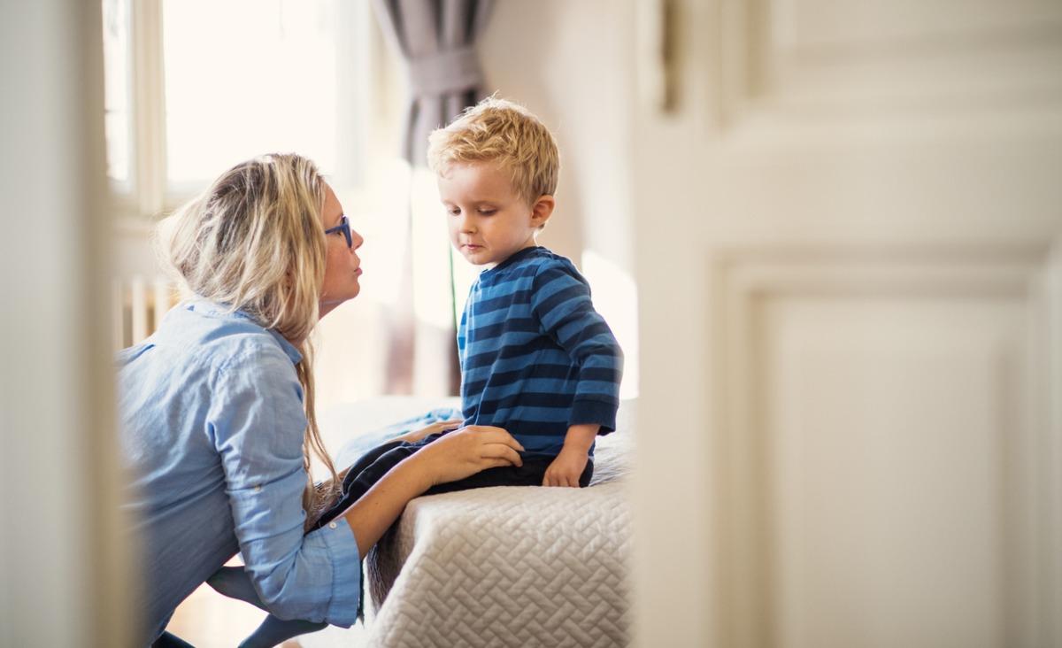 Czy można przepraszać własne dzieci? Czuję, że to objaw słabości. Odpowiada Katarzyna Miller
