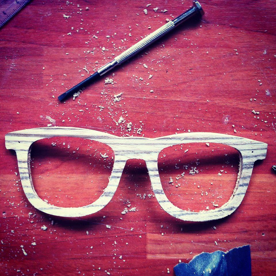 Niebagatela, ręcznie robione oprawki z drewna