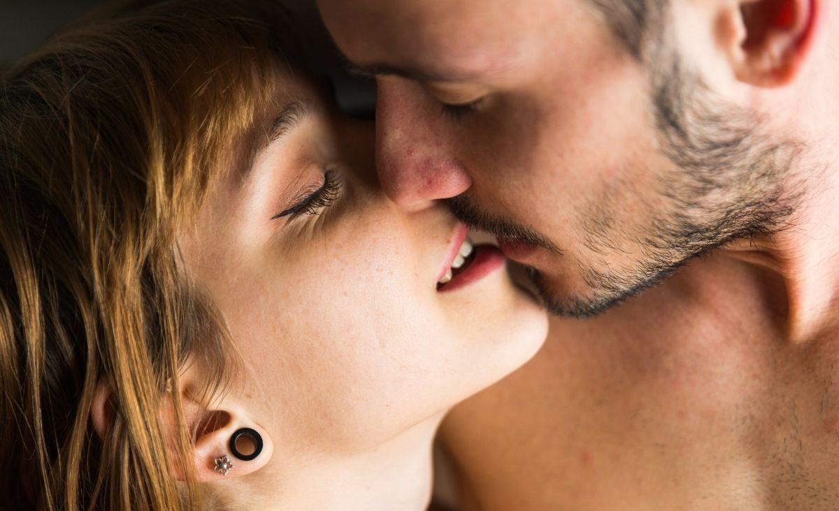 Nie ma seksu bez rozmowy - radzi seksuolog Andrzej Depko