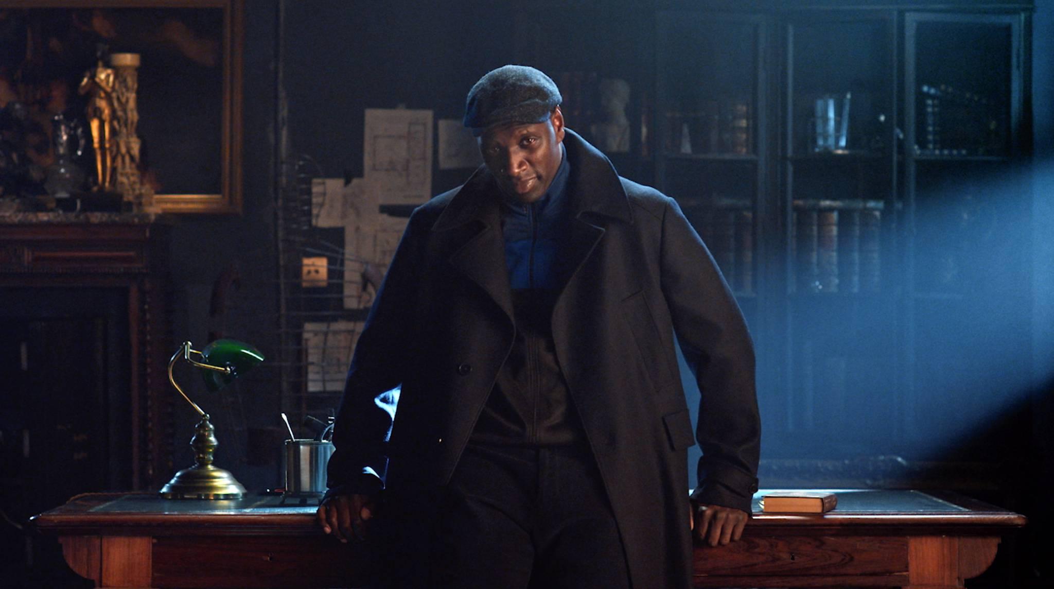 """""""Lupin"""" wciąż na szczycie. Francuski serial Netflixa bije rekordy popularności"""