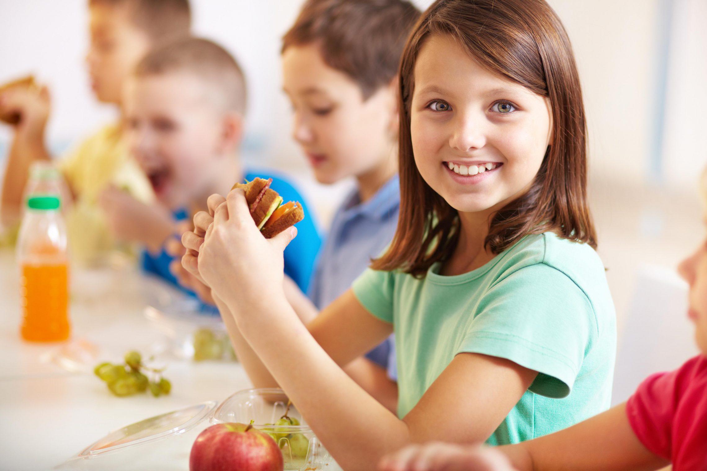 Jak prowadzić zdrowy sklepik szkolny?