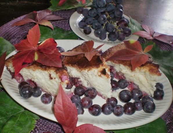 Świat Pachnie Szarlotką:Cytrynowy Biszkopt z Winogronami
