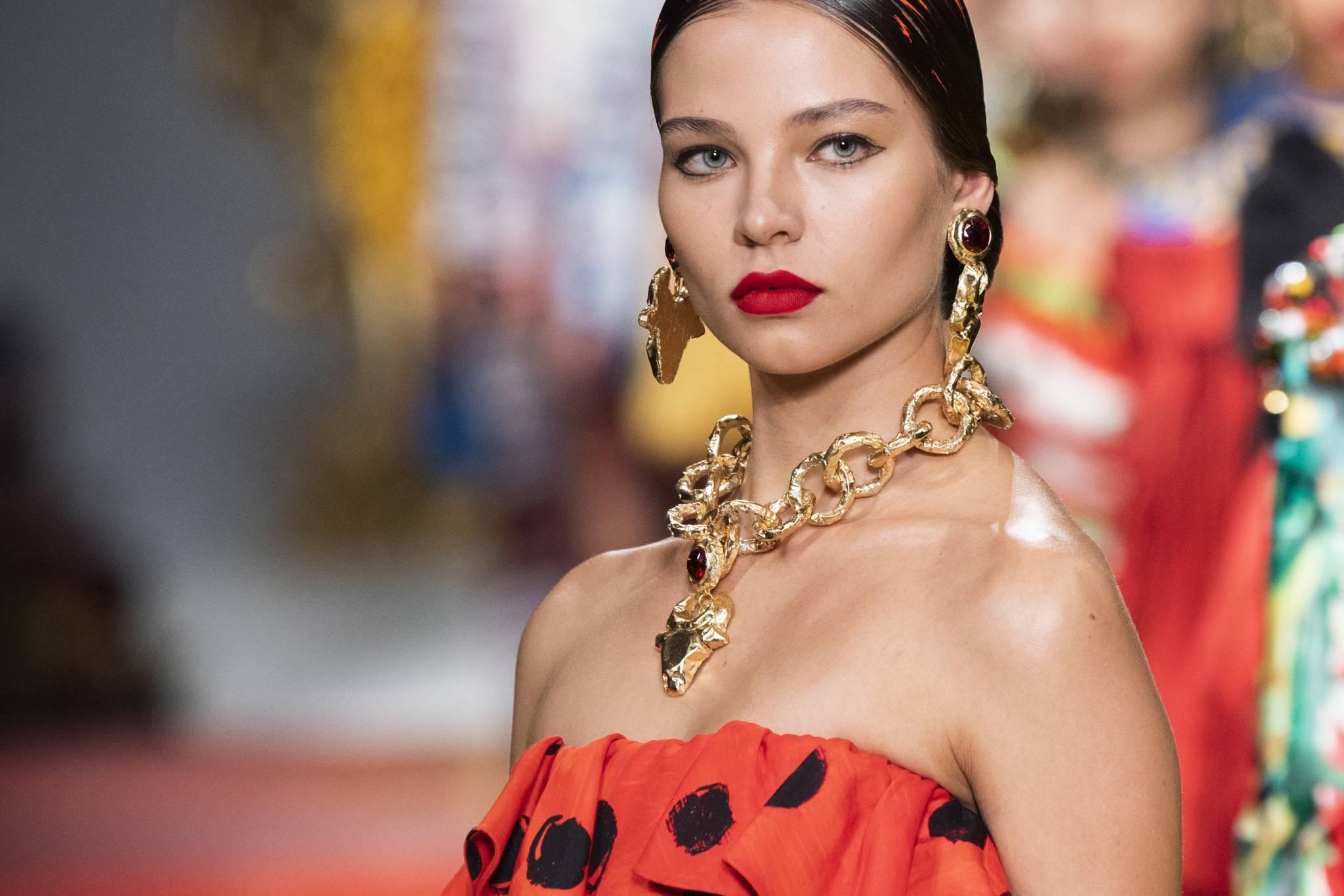 Najpiękniejsza biżuteria na sezon wiosna-lato 2021