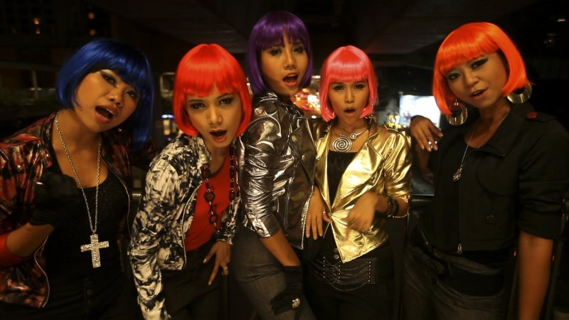 Planete+ Doc: Nikki May i Tiger Girls