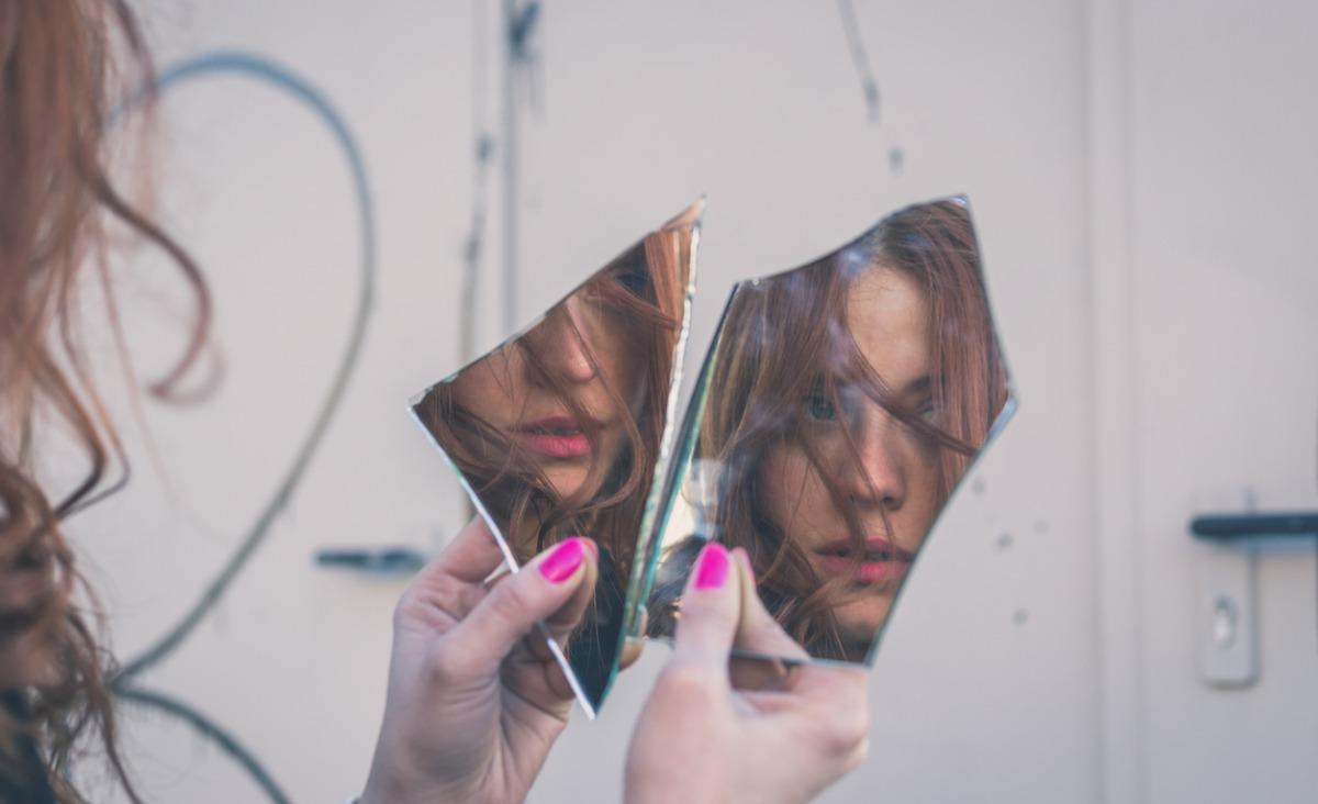 Co jest ze mną nie tak - czyli dlaczego winy szukamy w sobie?