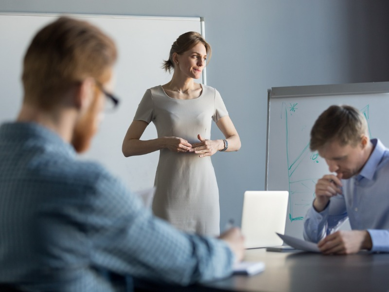 Jak przestać stresować się wystąpieniami publicznymi? Tego można się nauczyć!