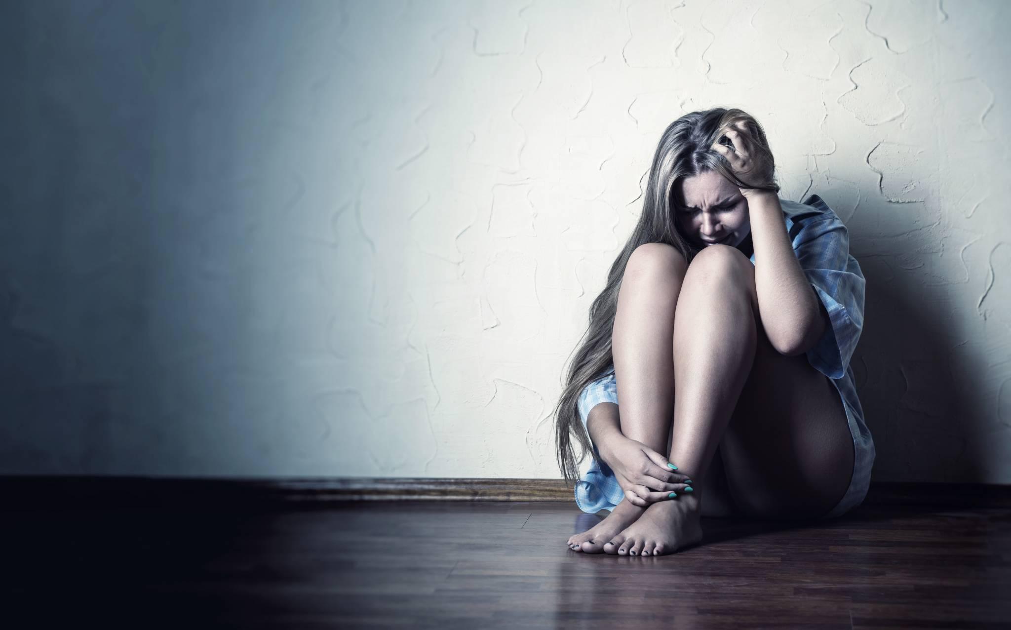 Jaskinia mężczyzny: czemu Twój partner ucieka od rozmowy?