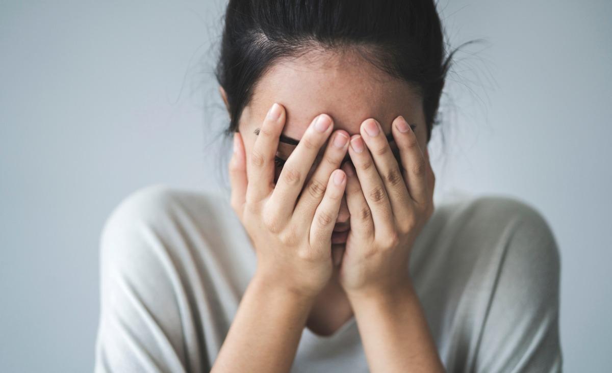 Jak pokonać... toksyczny wstyd? Cztery kroki do opanowania wstydu
