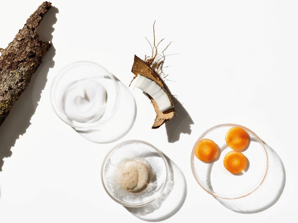 Zabieg Geneo z kapsułką witaminową – odmłodzenie i rozjaśnienie skóry jeszcze nigdy nie było tak przyjemne!