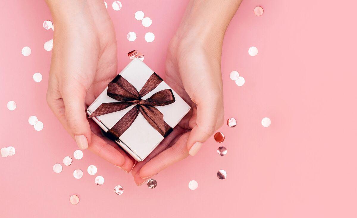 Prezent na 30. urodziny dla przyjaciółki - co wybrać?