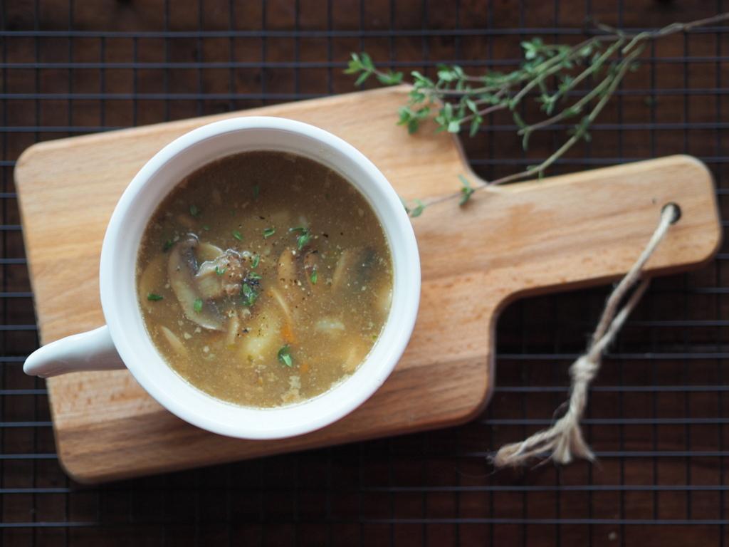 Zupa pieczarkowa z kasztanami