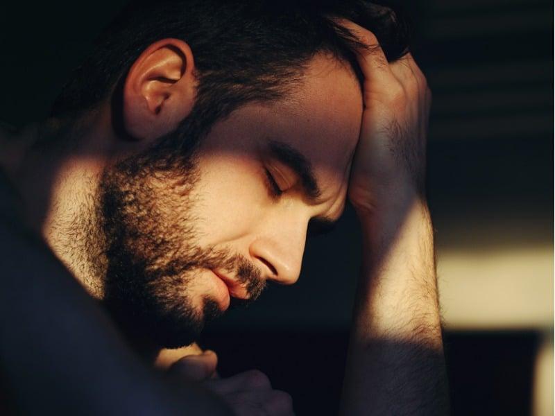 Mój chłopak ma depresję. Co robić i jak mu pomóc?