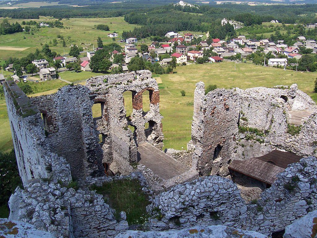 Zamek_Ogrodzieniec