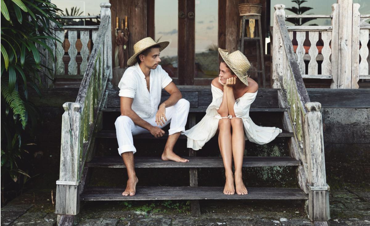Wakacyjny romans: czy ma szansę przerodzić się w miłość do końca życia?
