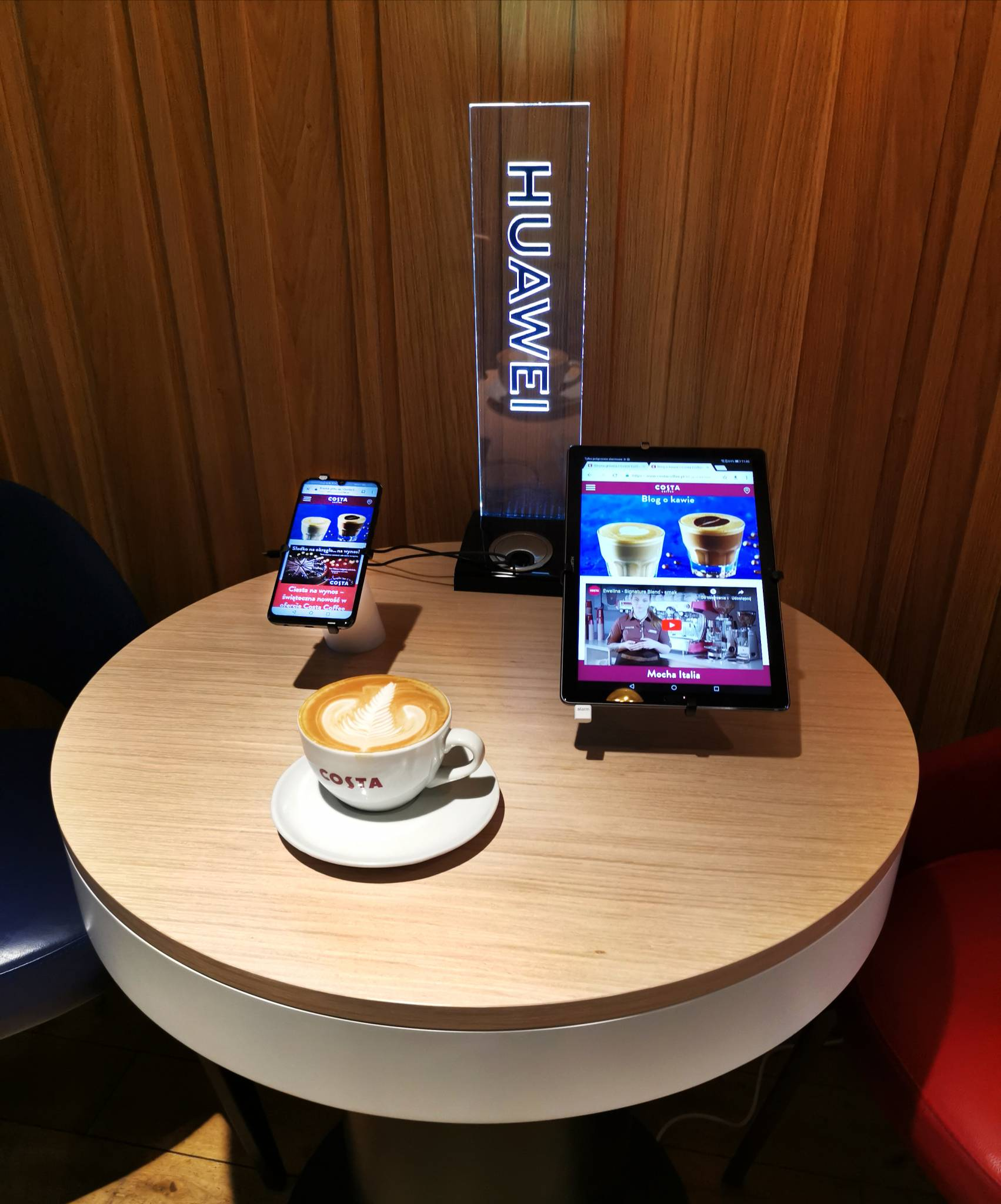 Innowacyjne smartfony w towarzystwie pysznej kawy: Huawei i Costa Coffee ogłaszają współpracę