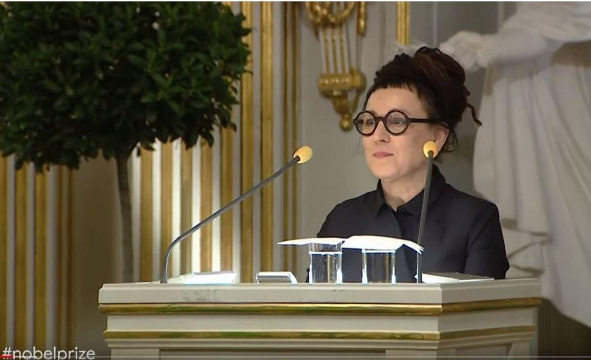 Olga Tokarczuk odbiera Nagrodę Nobla: Fikcja jest zawsze jakimś rodzajem prawdy